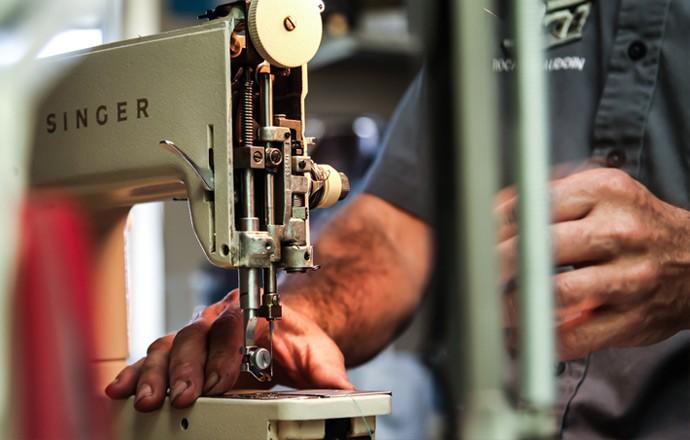 Spécialiste dans la réparation de machines à coudre industrielles et domestiques